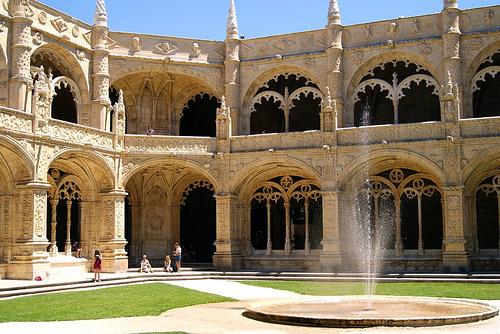 リスボンのジェロニモス修道院とベレンの塔の画像 p1_7